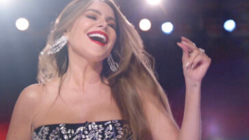Sofía Vergara Makes Her Debut on Season 15 of 'AGT'