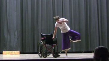 When You Realize Why This Girl is Dancing With a Wheelchair, You'll Cry a Lot